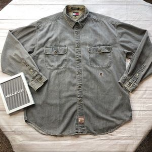 Tommy Hilfiger Mens Large Gray Button Up Shirt